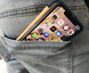 Oops ... here's another mobile phone about to fall out of a back pocket